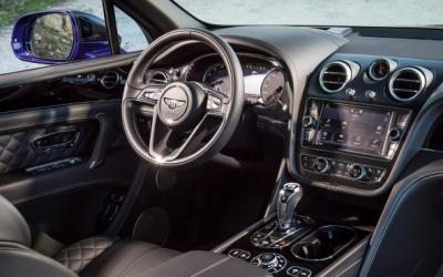 Bentley Bentayga auto līzings | Sixt Leasing