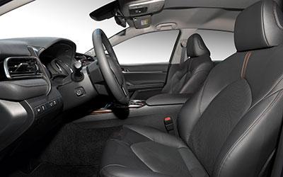 Toyota Camry auto līzings | Sixt Leasing